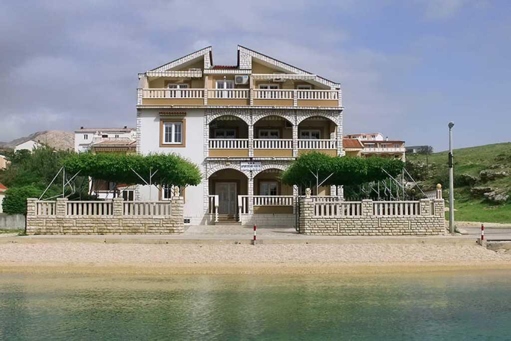 Appartamenti mirela pag novalja croazia for Soggiorno in croazia